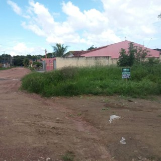 Terreno de esquina Morada das Palmeiras