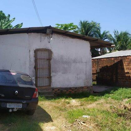 Casa localizado na Passagem  Goiás