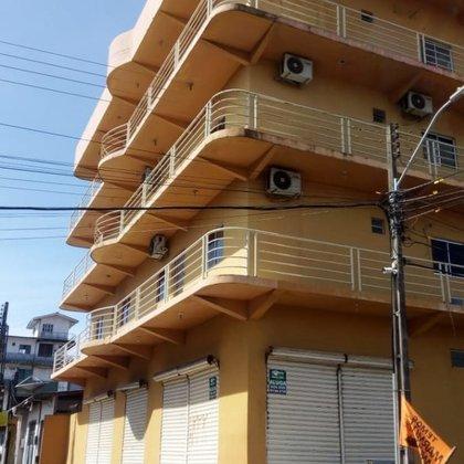 Prédio Residencial, Contendo 04 (quatro) pavimentos